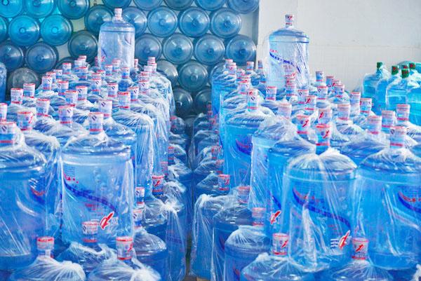 源美饮料供应报价合理的心意山桶装水——清溪桶装饮用水