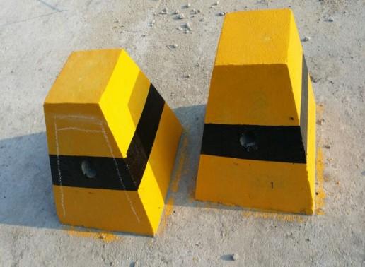 漢中水泥隔離墩-想買好的水泥隔離墩就來興園交通器材
