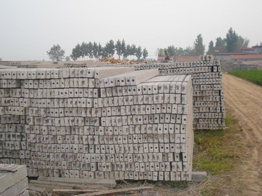 陕西水泥柱子_买性价比高的水泥柱优选兴园交通器材