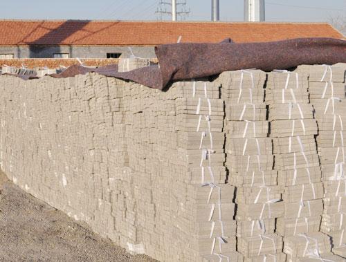 买好的钢筋保护层高强度水泥垫块就来良润建材_钢筋保护层高强度水泥垫块生产