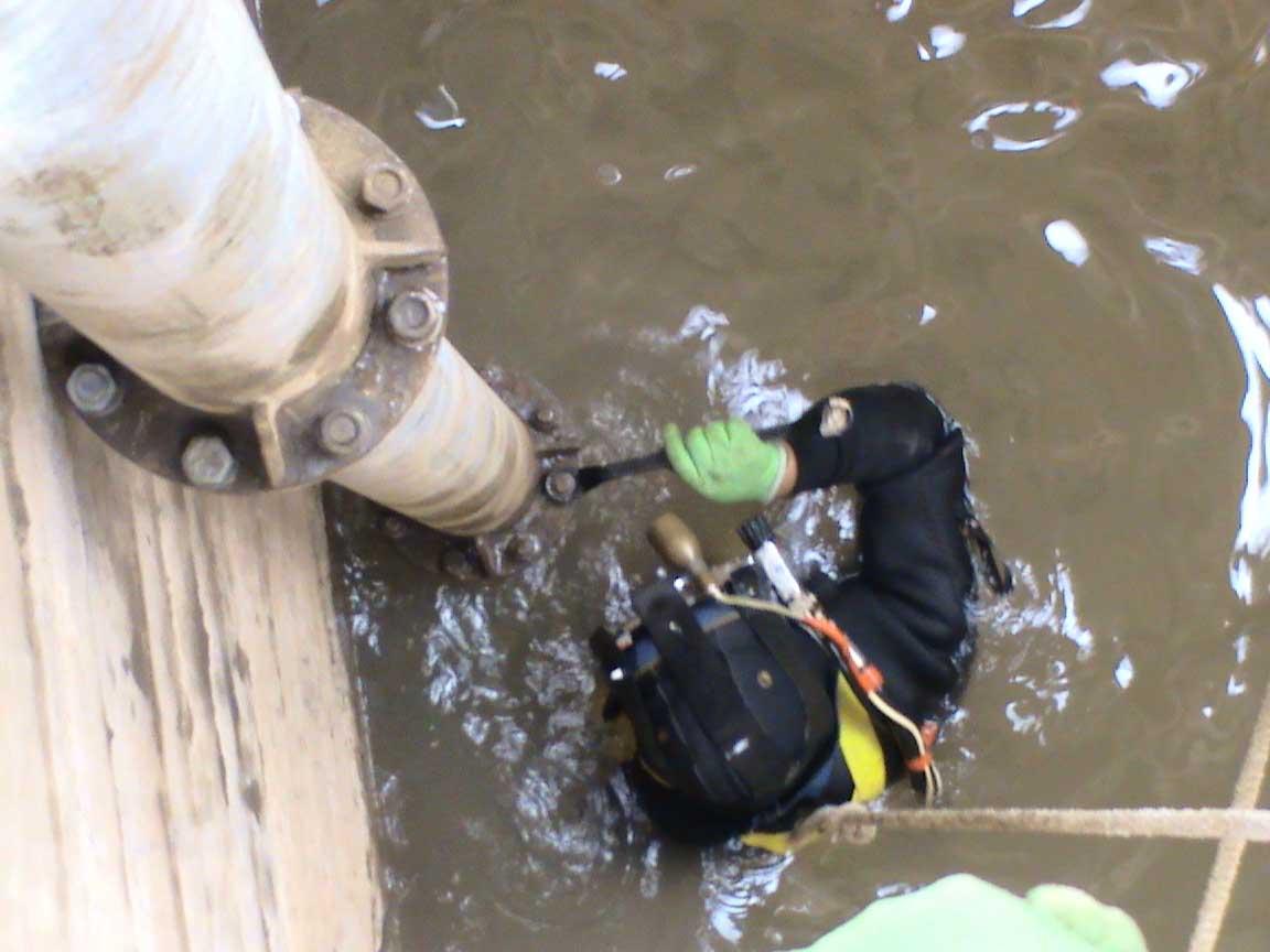 定西桥梁水下基础施工-有信誉度的潜水上哪找