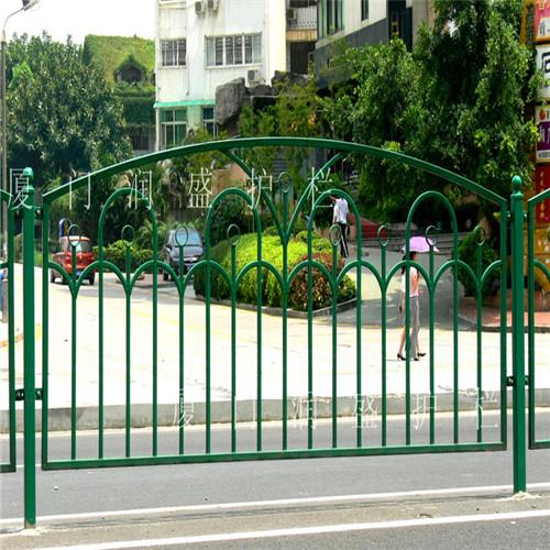 施工围栏生产厂家-漳州品牌好的道路设施护栏提供商