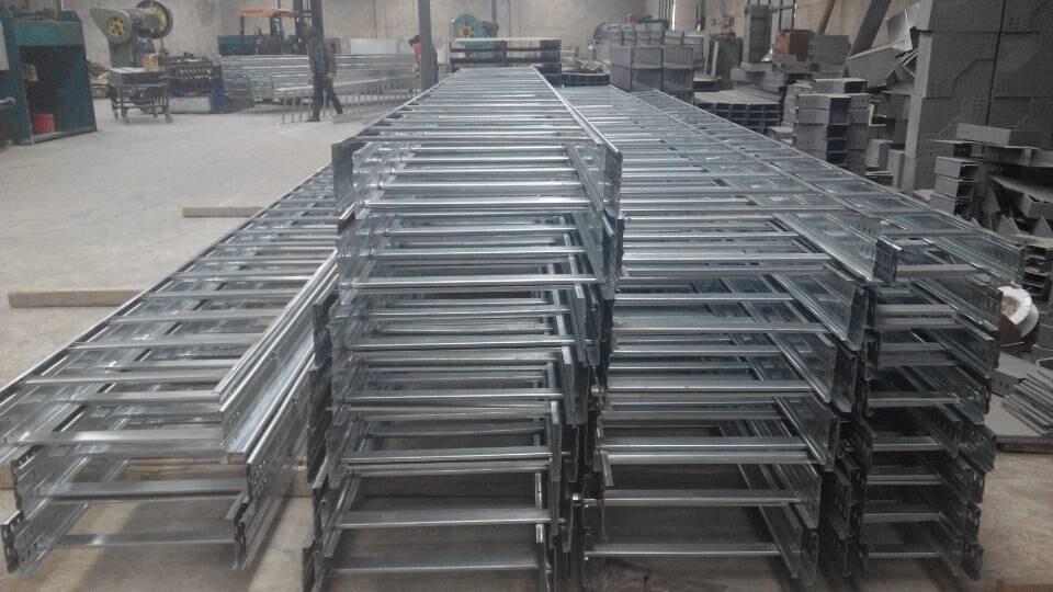 武威大跨距桥架|正通电缆桥架专业电缆桥架供应商