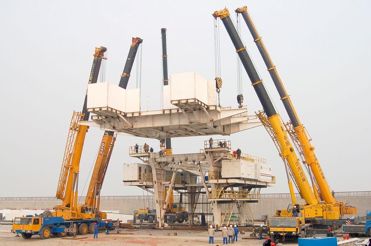 梧州吊装设备出租 贵港吊车租赁价格