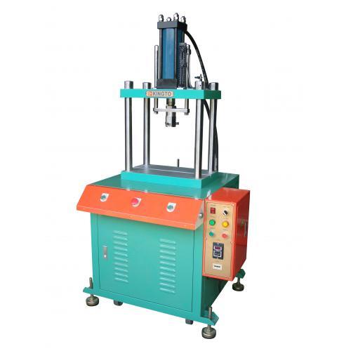广州二手电脑锣回收 优质的二手四柱油压机回收服务商,当选大鑫二