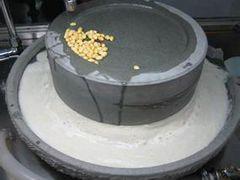 郑州豆浆石磨价格-有信誉度的电动石磨厂家倾力推荐