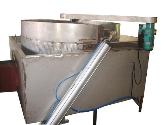 油炸锅供货厂家-乐余华鑫食品厂物超所值的油炸锅出售