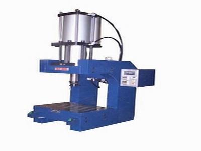 精密气液增压泵定制-广肇气动新款精密气液增压泵出售