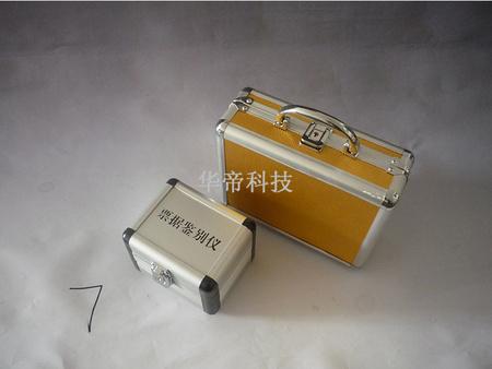 仪器箱外表选用高级铝合金材料内衬选用胶棉减震-实用的仪器仪表箱品牌推荐