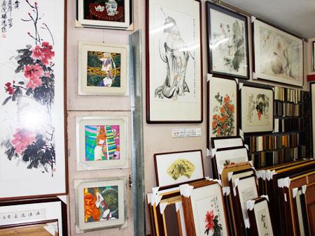 鹭源轩画苑提供实用的厦门 装裱配框|厦门名家字画价格如何