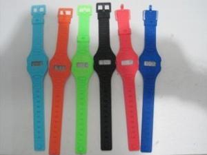 硅膠手表套廠家-廣東質量好的硅膠手表帶出售