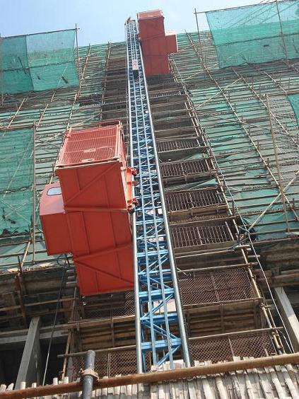 台施工电梯租赁  台塔吊 电梯维修