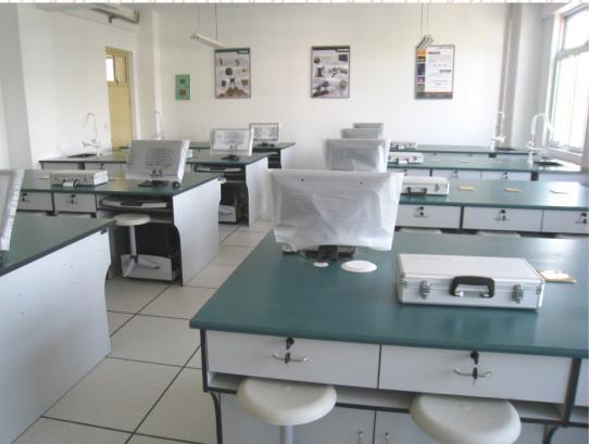 榆林实一�粞槭摇�―陕西朱雀公司供应优质的理化生实验室