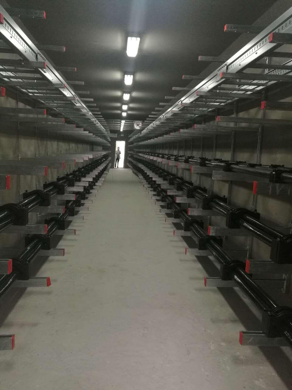 大量供应热卖管道支架-上等管道支架