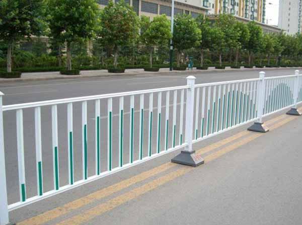 安全护栏厂家直销价格,西宁安全护栏