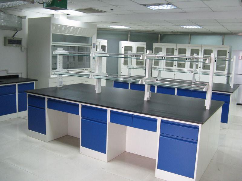 大量供应优惠的广西全钢中央实验台_南宁实验室设备