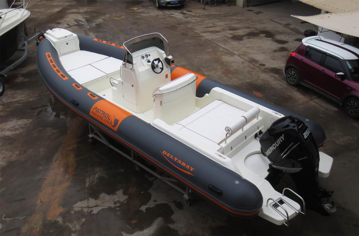 途达游艇提供专业的RIB845艇-豪装形工作艇