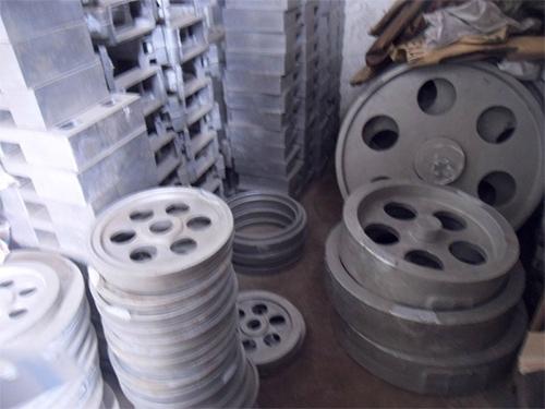 南恒提供东莞地区专业深圳铸造件,坑梓铸造加工