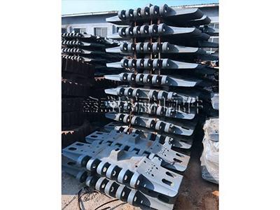 黑龙江履带板-专业的履带板抚顺市鑫盛挖掘机配件供应