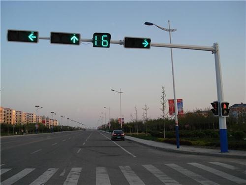 哈尔滨交通标志杆厂家,厂家直销沈阳监控杆质优价美