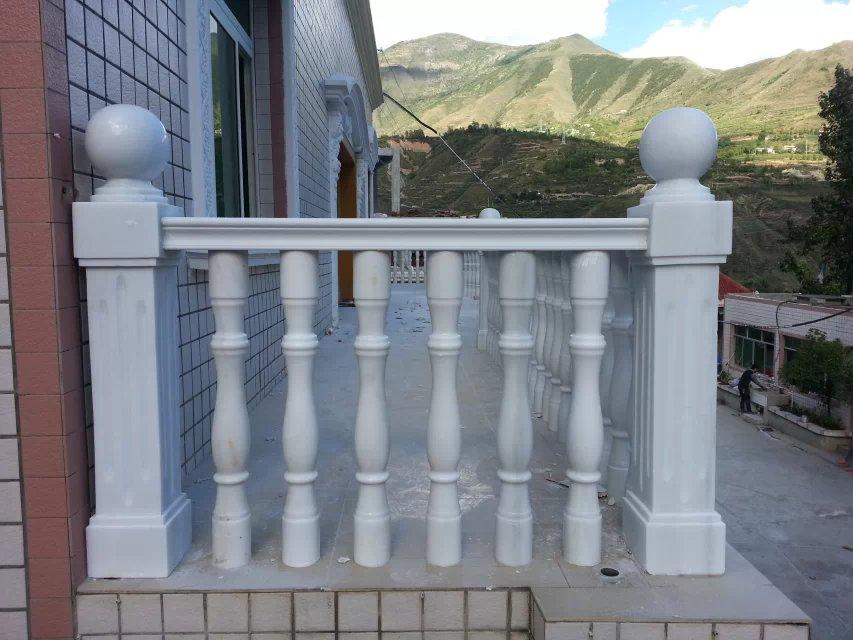 汉白玉价格 为您推荐万顺石材品质好的汉白玉栏杆