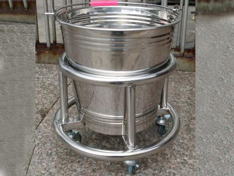 彩塘脚踢桶|上海臻沛不锈钢脚踢桶销量怎么样