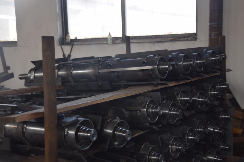 玉米收割前切碎机生产厂家-鑫晨机械价格划算的玉米收割前切碎器出售