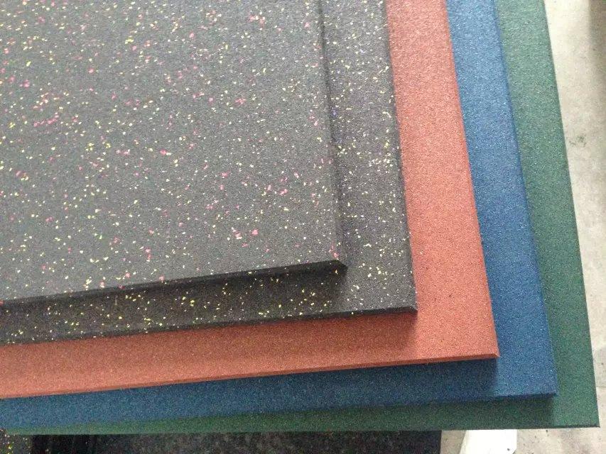 金铭宇科技优良的操场室外安全橡胶地垫供应 安全地垫价格