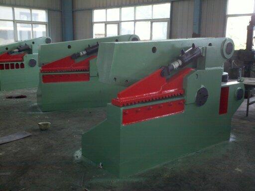 廠家供應Q43-1200鱷魚式液壓剪切機-萬達科技Q43-1200鱷魚式液壓剪切機要怎么買