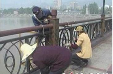 广西欧彩喷漆公司供应可信赖的铁艺护栏、钢结构喷漆工程_广西钢结构厂房刷漆