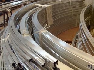 木纹铝板|口碑好的铝方通当选冠杰金属制品
