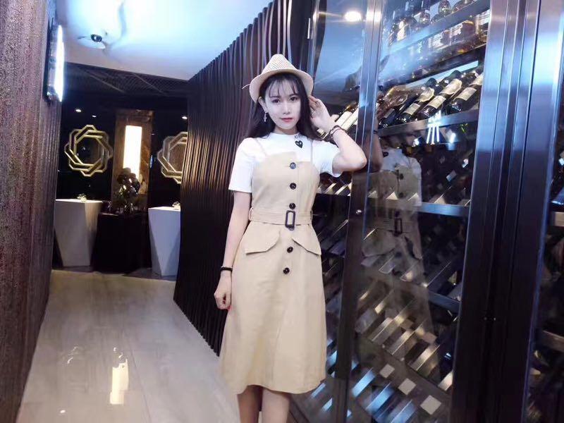 郑州外贸服装批发市场在哪-选择靠谱的郑州银基广场服装加盟就来卓岳服饰