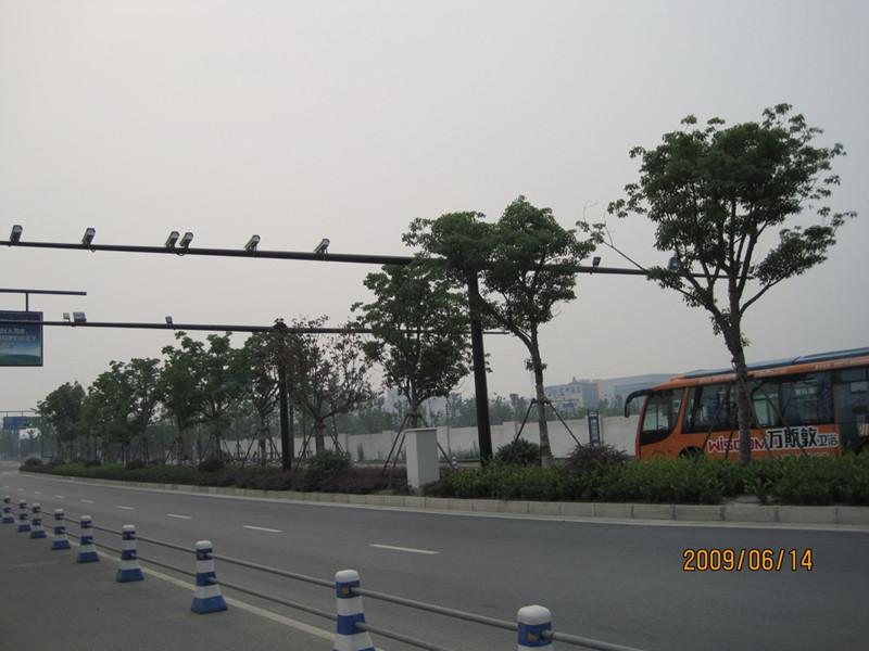 沈阳鹏源供应销量高的沈阳监控杆-吉林路灯杆厂家