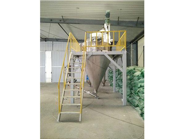 水溶肥生产流水线设备-青州华东建材水溶肥流水线价钱怎么样