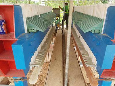 压滤机制造专业供应污泥脱水带式压滤机,污泥脱水带式压滤机报价