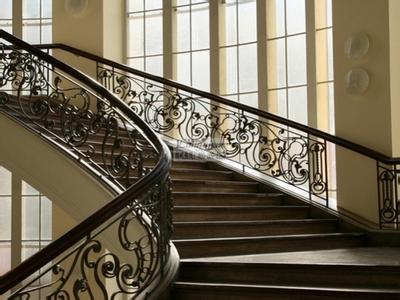 西安铁艺楼梯-西安欧式铁艺优良铁艺楼梯供应商
