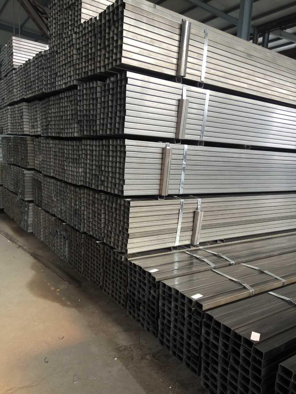 半挂车大梁钢材价格如何,可靠的半挂车大梁钢材供应信息