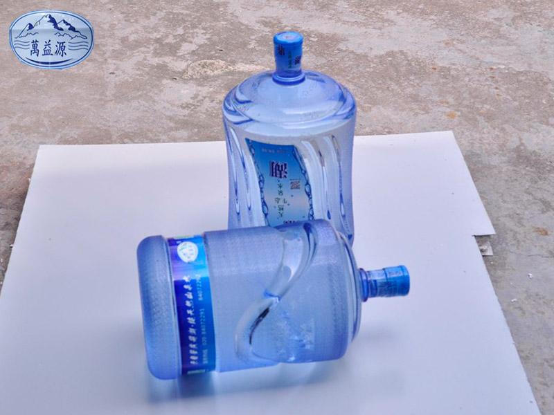 桶装山泉水厂家-供应肇庆口碑好的万益源鼎湖天然山泉水