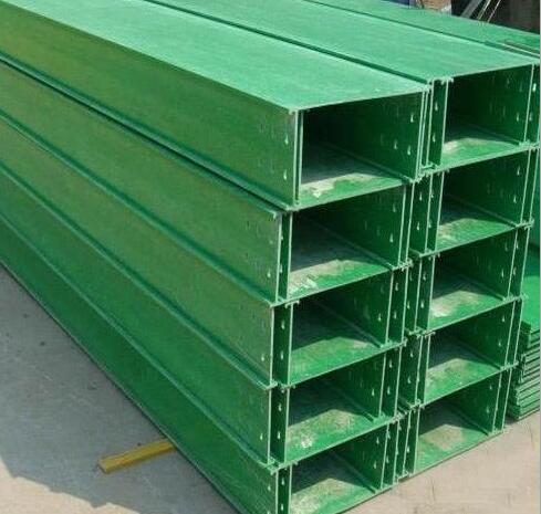 广西玻璃钢高速公路管箱工程|南宁哪里有卖价格优惠的玻璃钢管箱