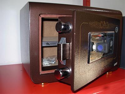 宁夏微信智能手机寄存柜-银川办公家具-档案密集柜-宁夏文件柜