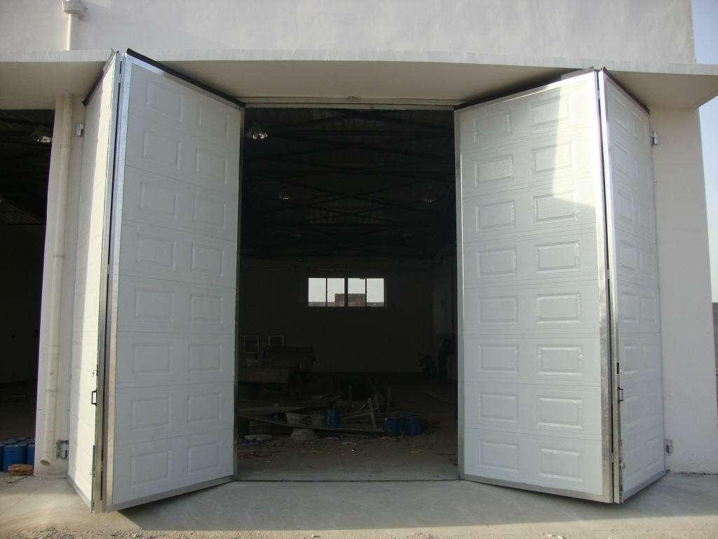 口碑好的工业门配件供应商-中卫工业门板供销商