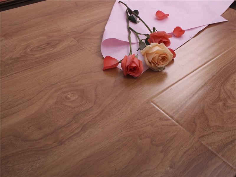 有品质的实木复合地板直销 乌鲁木齐实木复合地板加盟