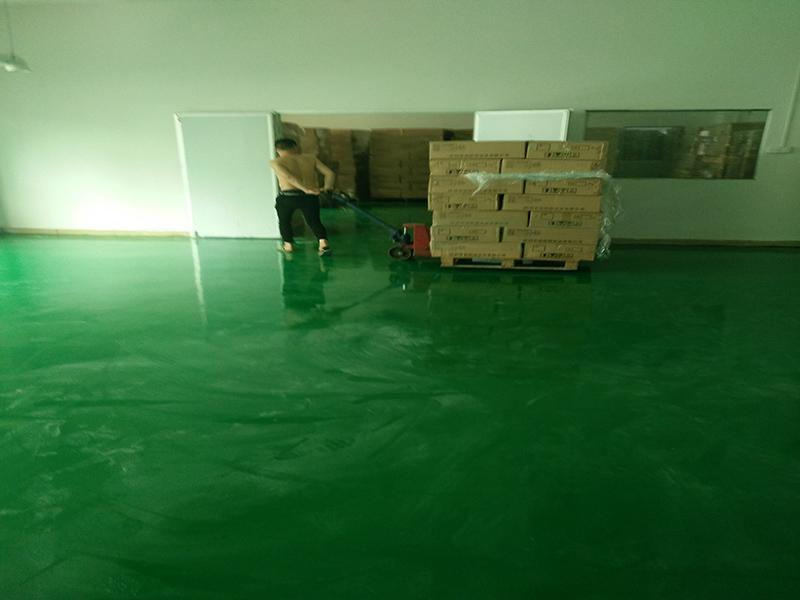 中山施工地板漆地坪漆环氧地面漆-东莞做得好的厂房地板刷漆施工公司