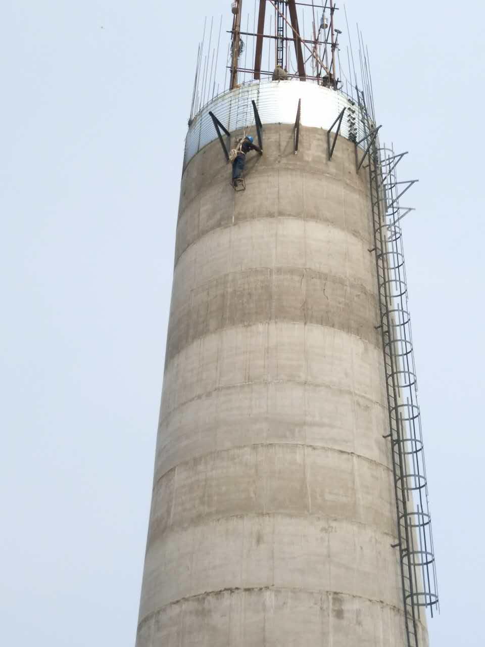 新建烟囱专业加工-大量出售超值的烟囱