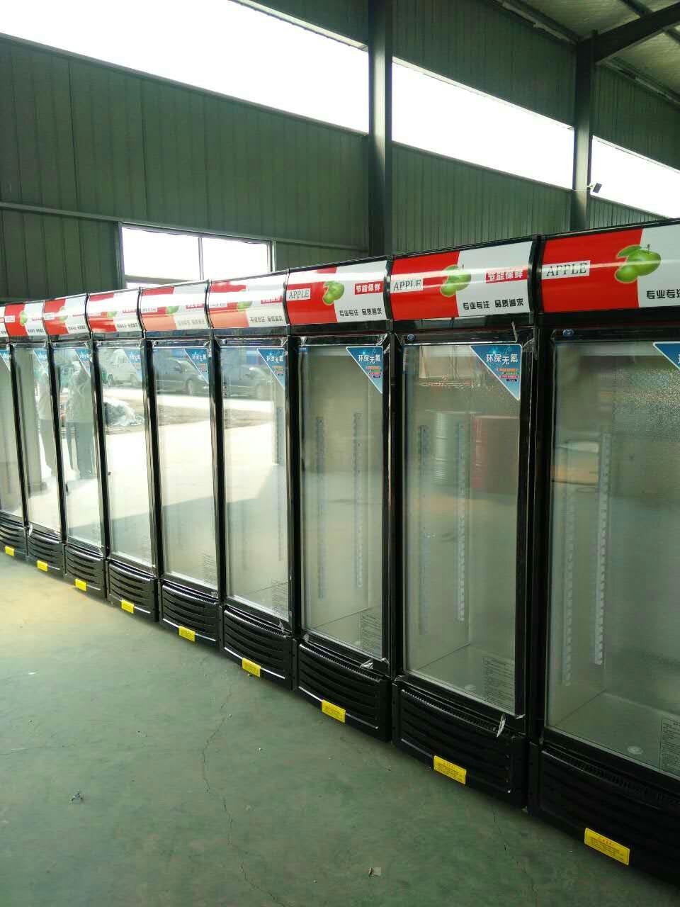 饮料展示柜供应商-什么样的饮料展示柜可靠