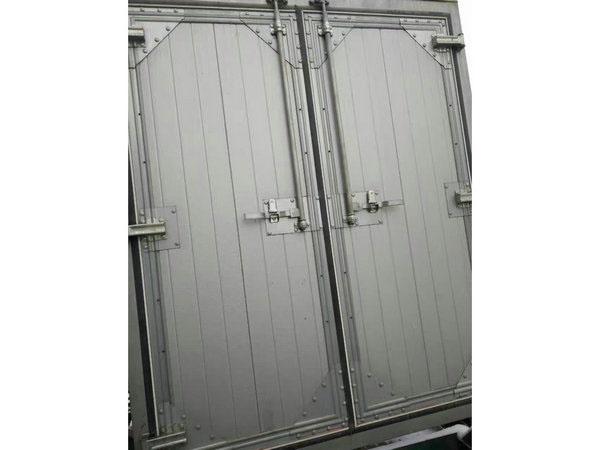 出售银川优良的重型工业门-宁夏重型工业门哪家好