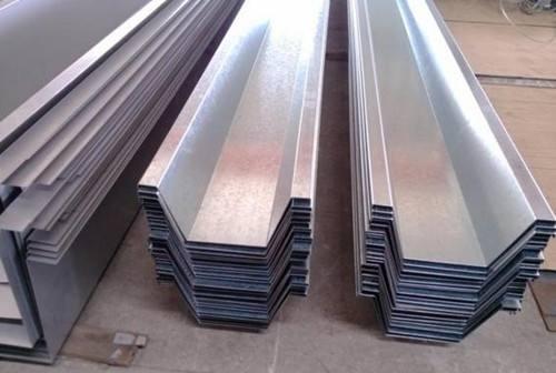 【今日必看】镀锌板天沟水槽价格//镀锌板天沟水槽厂家