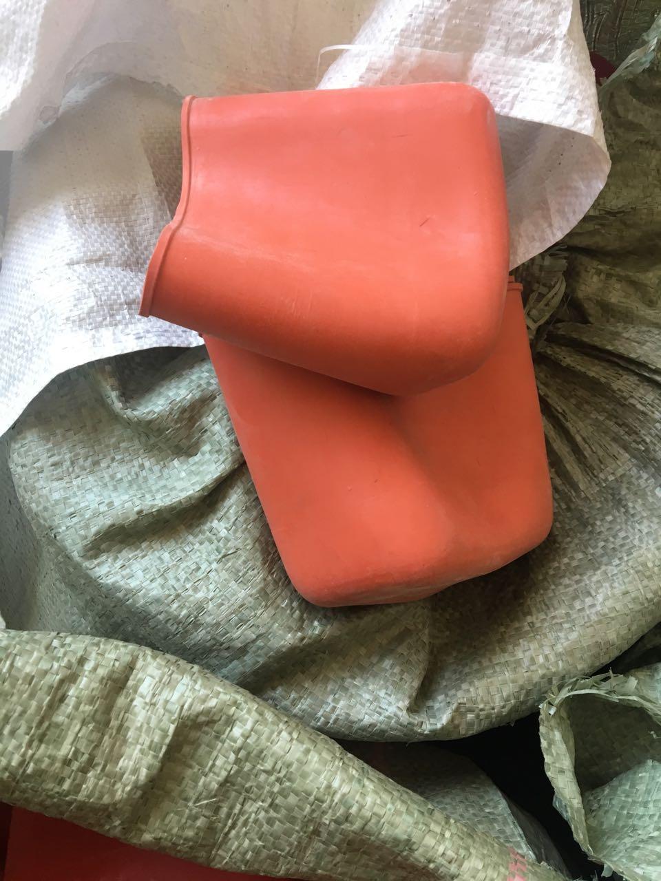 西安天然乳胶自救器橡胶皮套|中南橡塑密封件供应合格的自救器保护套