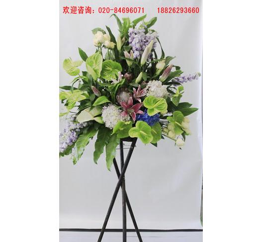 圣诞节鲜花_广州划算的三角木架花篮哪有卖