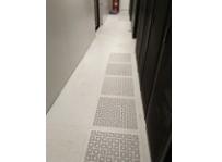 无边防静电地板必选汇露装饰——杭州静电地板